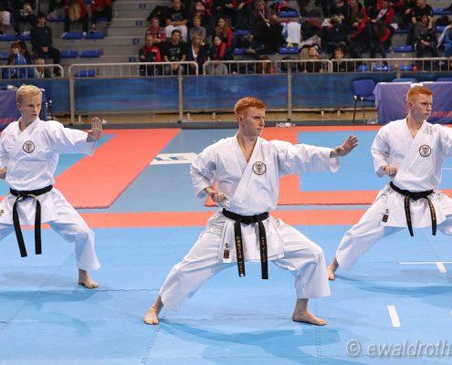 ESKA Shotokan Europameisterschaft 2018 Nis Kata Team Vincent Forster Christoph Buchinger Lukas Buchinger KARATE HOFSTEIG